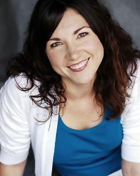 Jenny Thom Hester voice over talent head shot